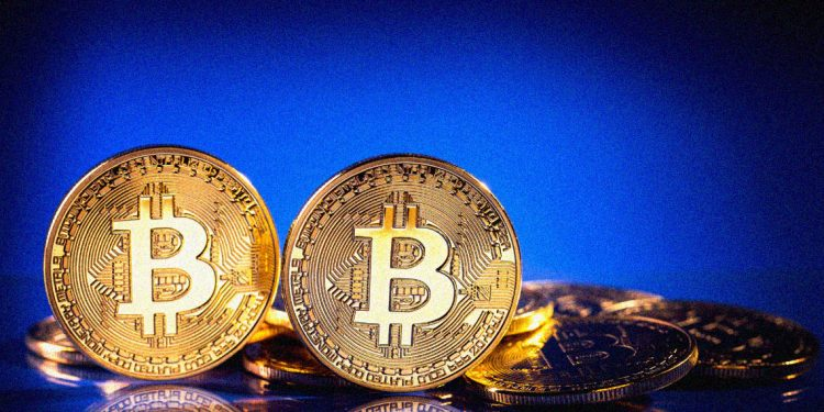 Would Bitcoin price hold at $10000?
