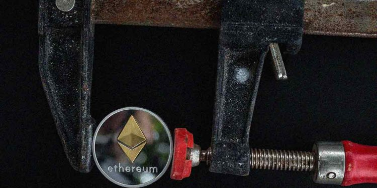 Ethereum price varies near $380, what's next?