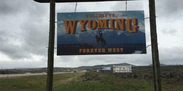 Blockchain against money laundering: Chainalysis partners Wyoming State