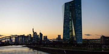 Digital euro YES, but fiat will play a role in the digital world