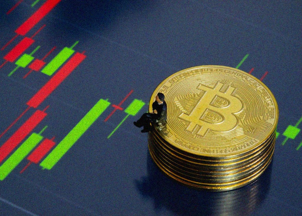 Bitcoin price prediction: BTC likely to fall before rising, analyst