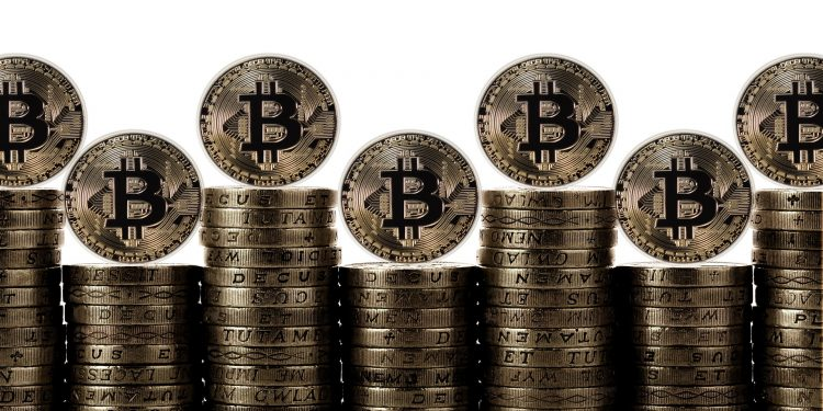 Technical Indicators Show Bitcoin Could Lose Momentum and Hit 14K 1
