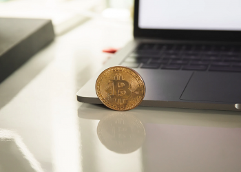 Bitcoin price to see further sideways movement near $19,000