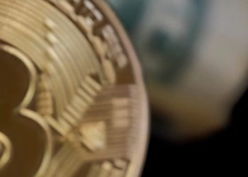 Bitcoin price prediction: BTC to $30000 in H&S, analyst 1