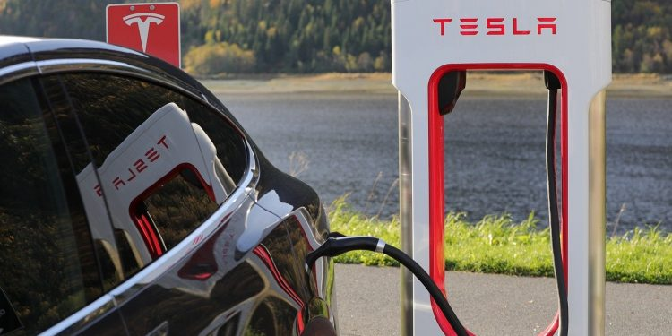 Tesla won't be the first to accept Bitcoin payment