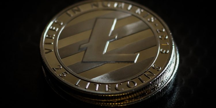 Litecoin's Price stuck within selling pressure zone