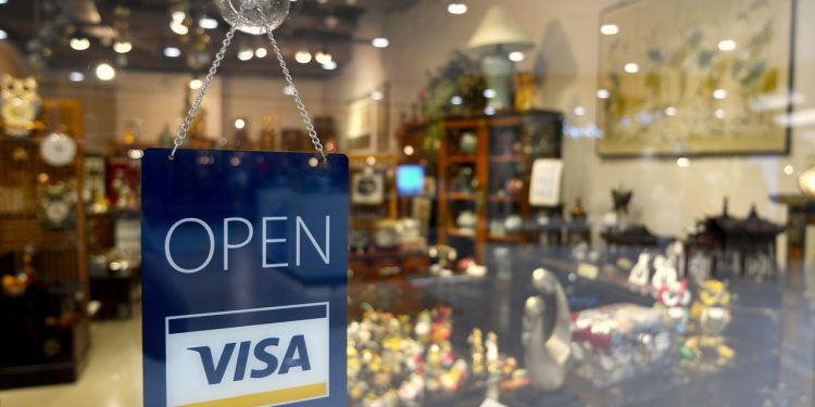 Visa now accepts USDC as a settlement currency