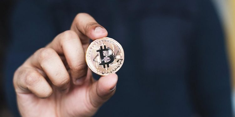 Bitcoin, Ethereum, or Ripple - which cryptocurrency should you invest in this year? 1
