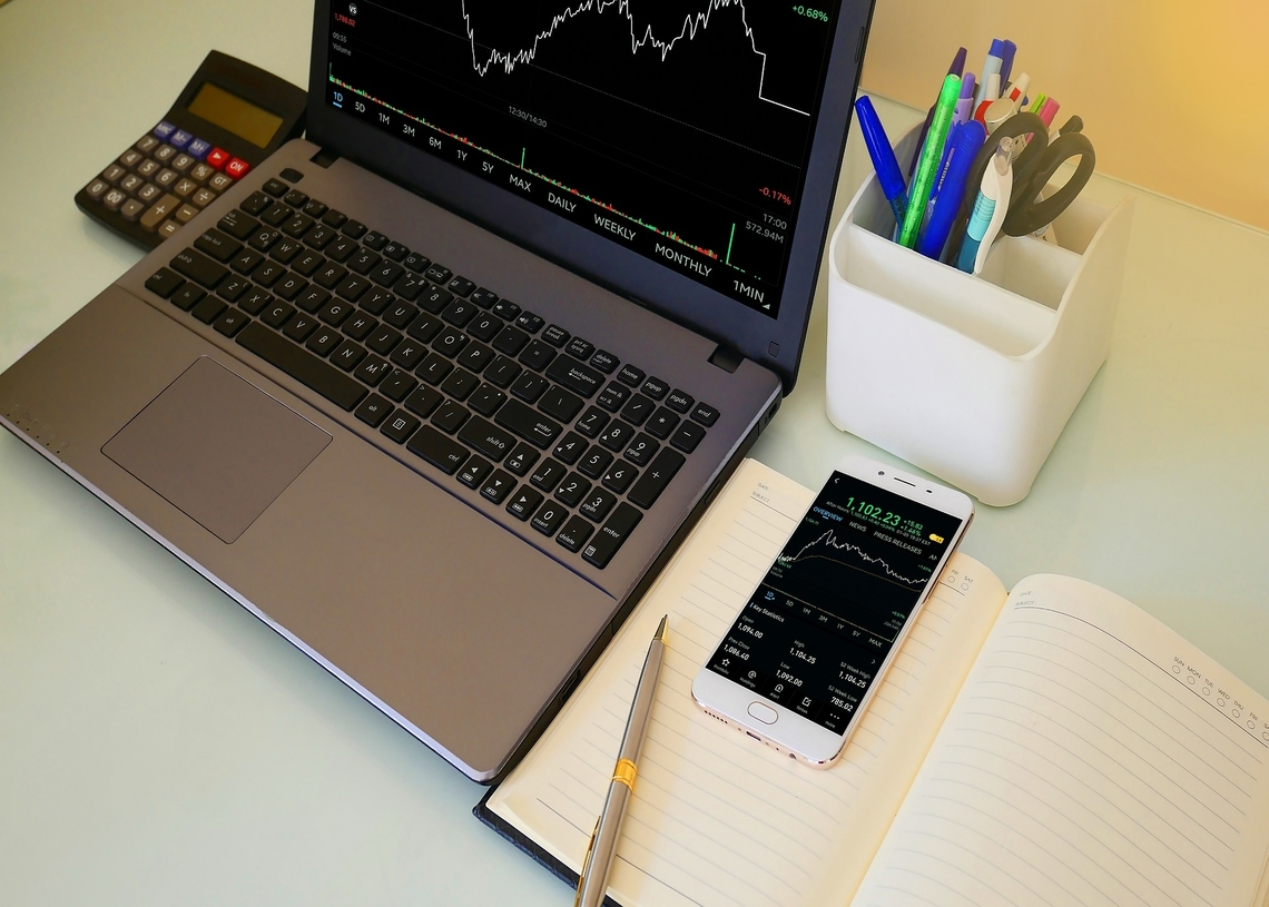 Chainlink Price Analysis: Chainlink shut from uptrend by overhead bears at $25 Mark