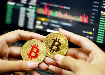 F&G Index shows Bitcoin investors are fearful, time to Long?