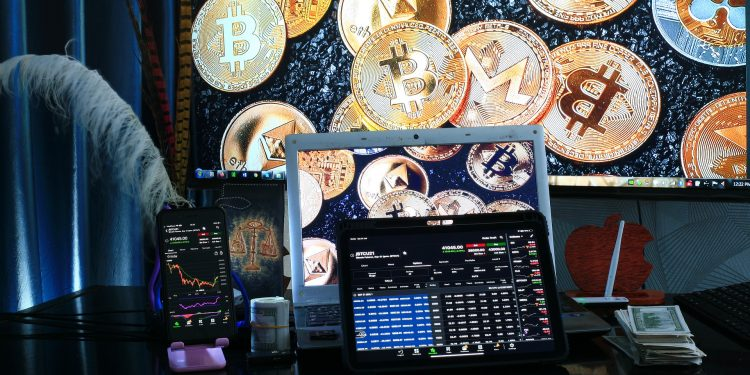 How can you find a reliable bitcoin trading platform? Let's enlighten you! 1